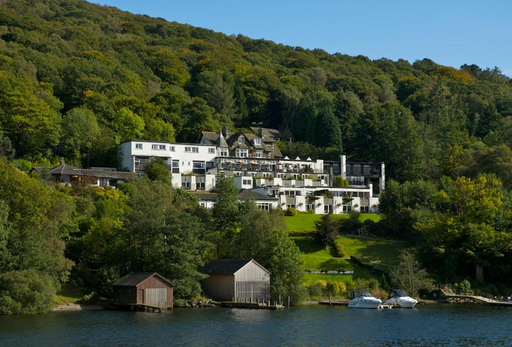 Beech hill hotel spa windermere online booking viamichelin for Hotels in lake windermere with swimming pool