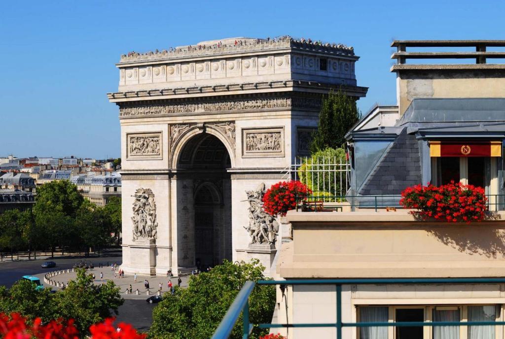 Napoleon paris r servation gratuite sur viamichelin for Hotel sans reservation paris