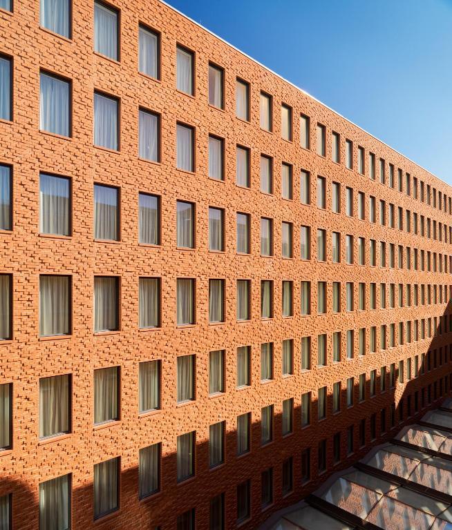 H10 berlin ku 39 damm berlin informationen und buchungen for 4 design hotel q berlin