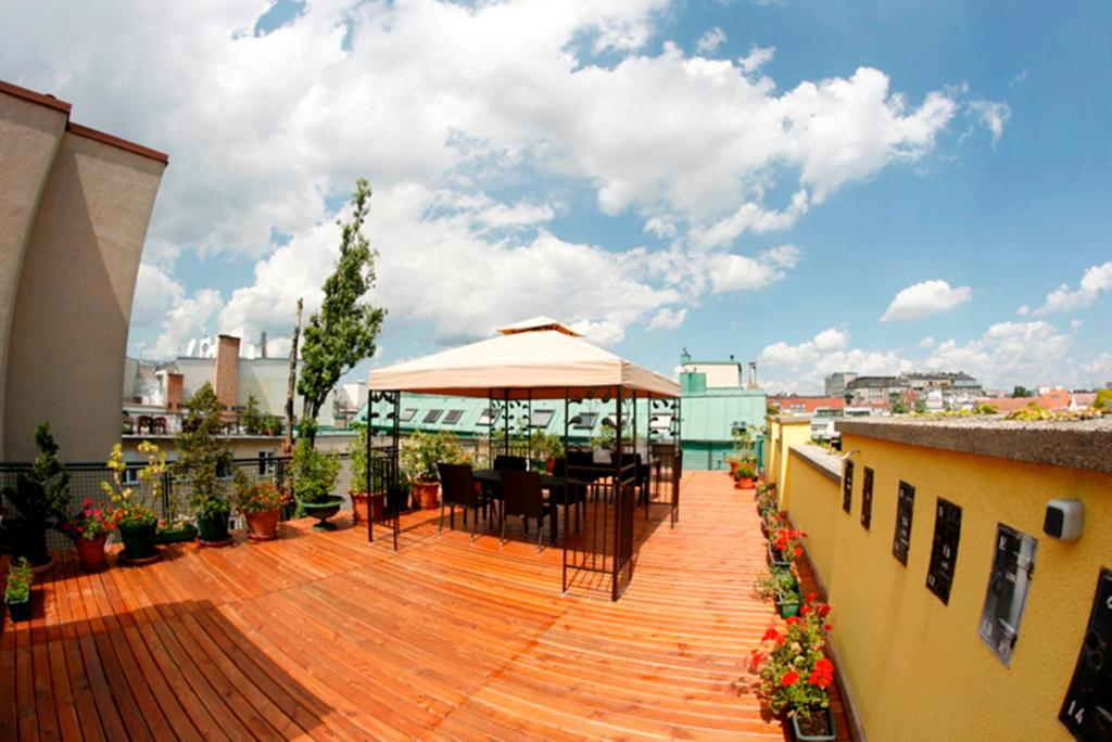 Hotel apartment rothensteiner vienna book your hotel for Design hotel 1070 wien