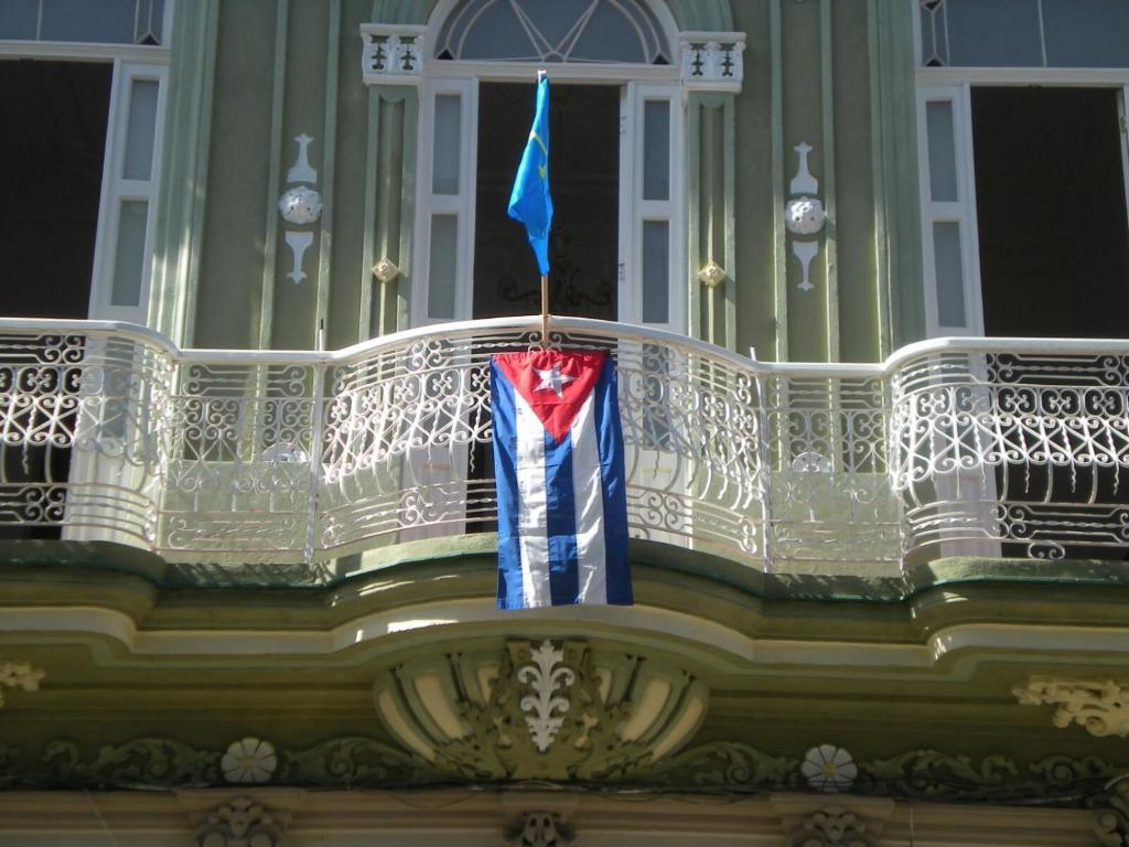Resultado de imagen para casa colonial asturias cuba