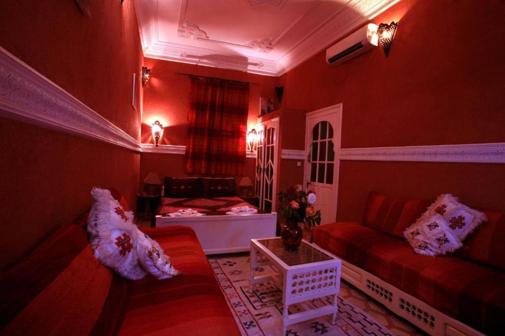 Riad l 39 arabesque chambres d 39 h tes marrakech maroc for Chambre d hotes marrakech