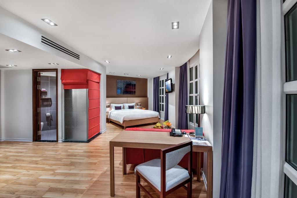 Phòng Deluxe có Giường cỡ Queen và Giường Sofa