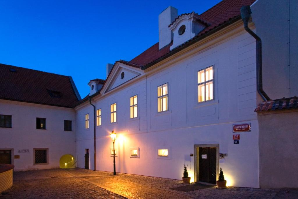 Monastery hotel prague online booking viamichelin for Hotel reservation in prague