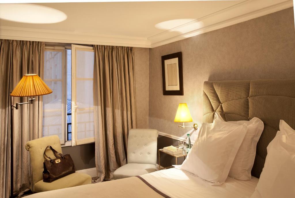 H tel th r se paris book your hotel with viamichelin for Seven hotel paris booking