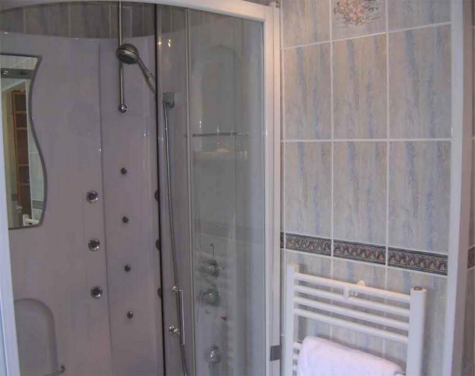 Chambre d 39 h te priory view dinan r servation gratuite for Chambre hote dinan 22