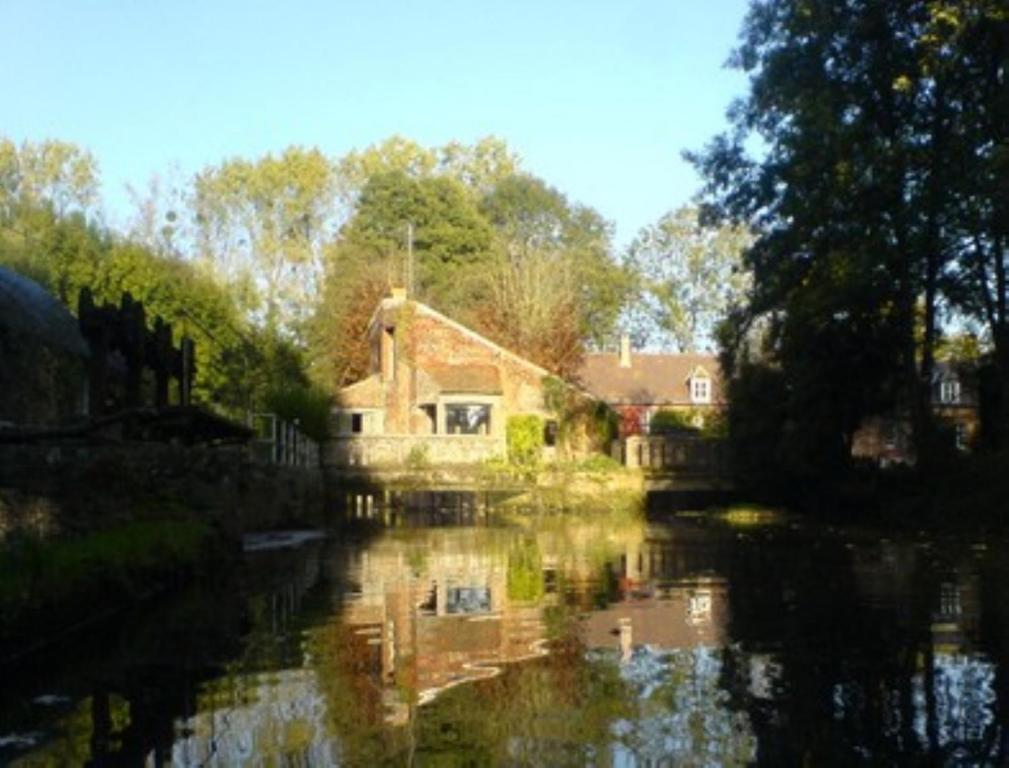 Moulin l 39 o rugles online booking viamichelin for Chaise dieu du theil