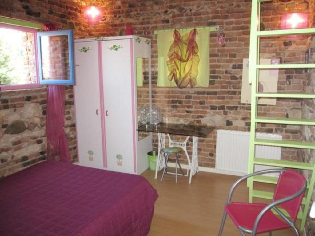 chambre d 39 h tes pigeonnier zen chambres d 39 h tes albi. Black Bedroom Furniture Sets. Home Design Ideas