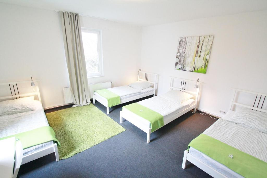 bedpark altona pension amburgo prenotazione on line viamichelin. Black Bedroom Furniture Sets. Home Design Ideas