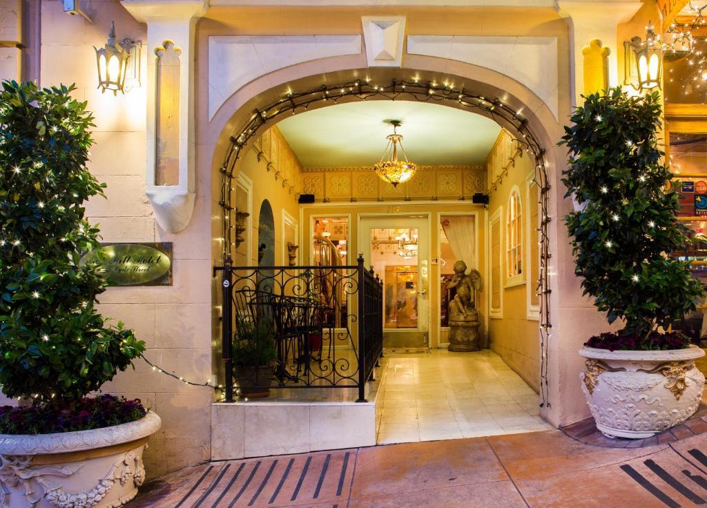 Nob hill hotel san francisco book your hotel with for Nob hill motor inn san francisco ca 94109