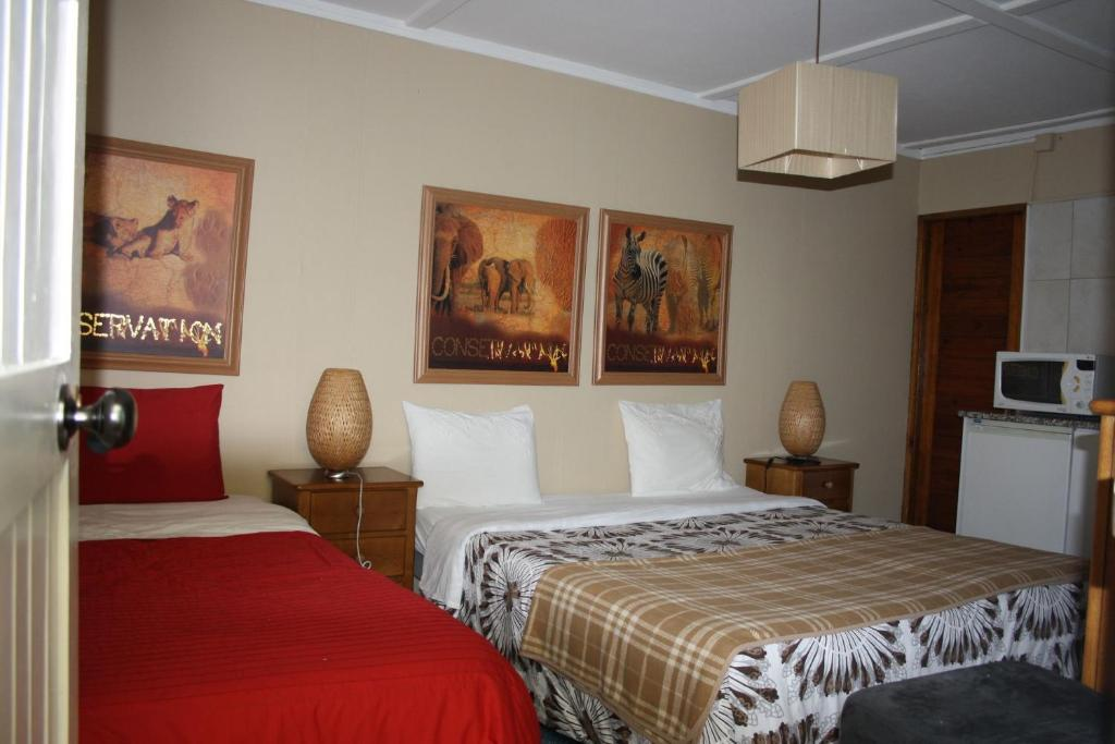 chambres d 39 h tes residencia pedra antiga chambres d 39 h tes porto. Black Bedroom Furniture Sets. Home Design Ideas