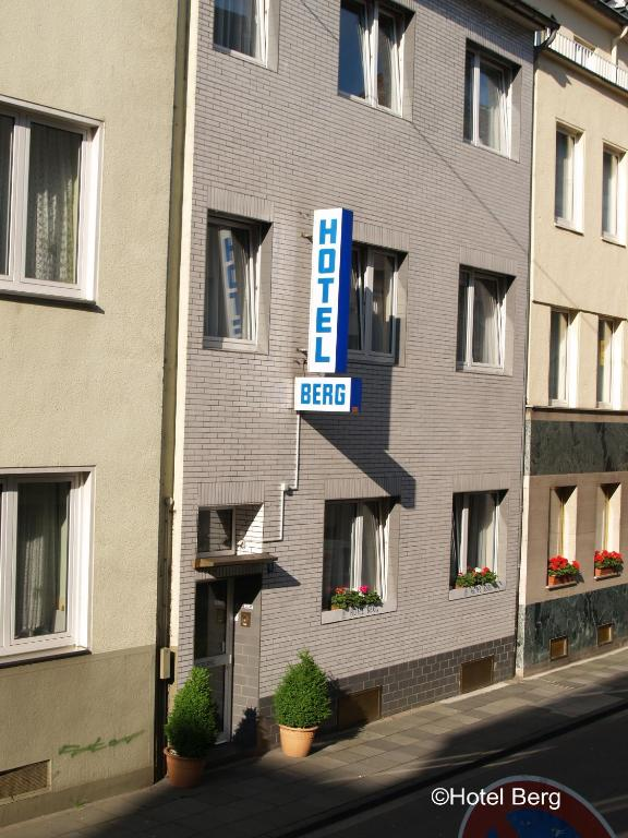 Hotel berg chambres d 39 h tes cologne rh nanie du nord for Chambre hote allemagne