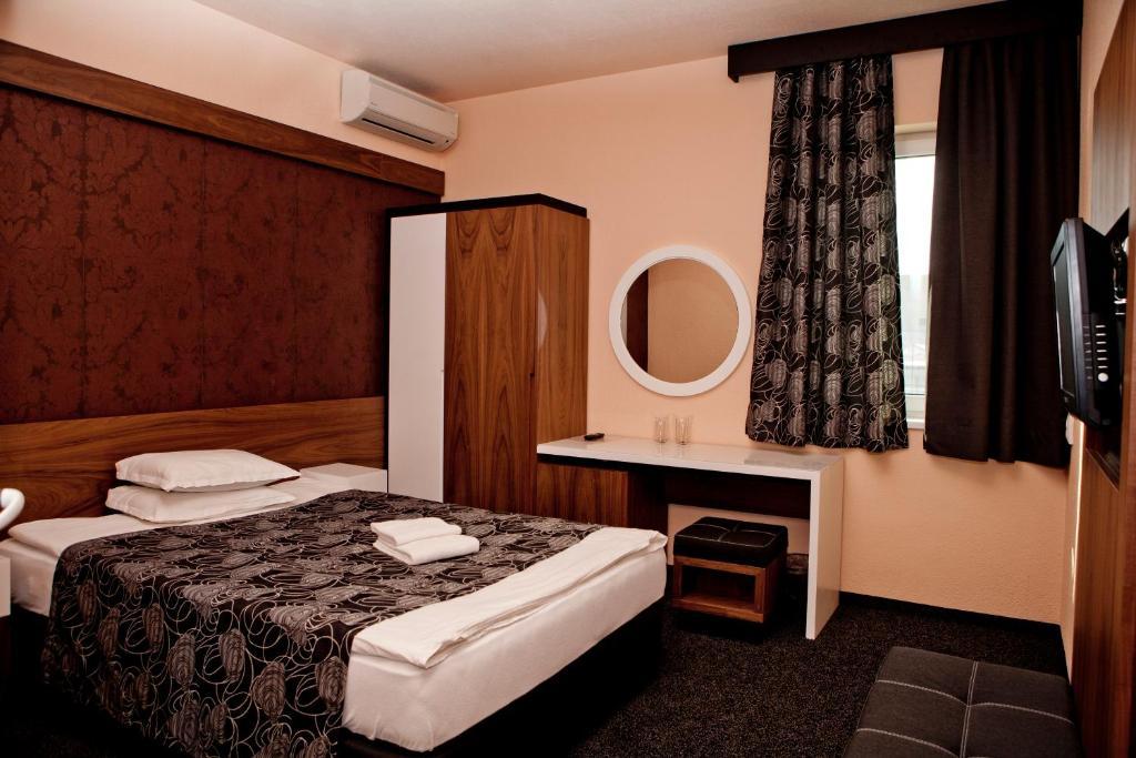 Хотел Сердика