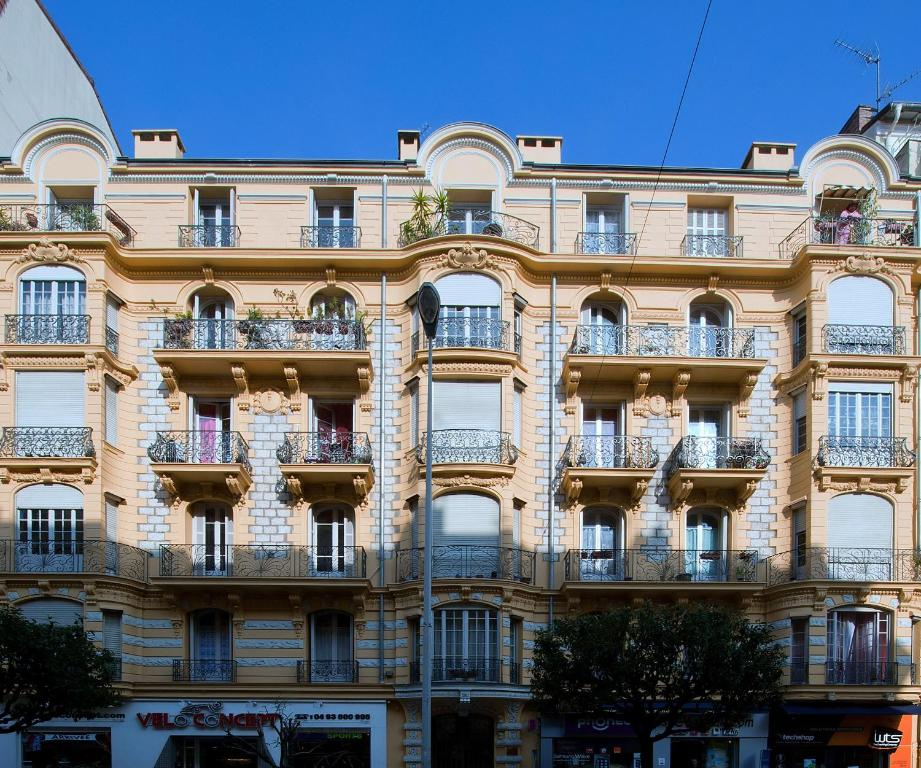 Chambres d 39 h tes chez josephine chambres d 39 h tes nice for Chambre hote nice