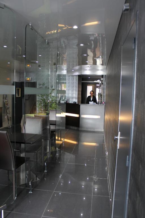 inter hotel du grand monarque r servation gratuite sur viamichelin. Black Bedroom Furniture Sets. Home Design Ideas