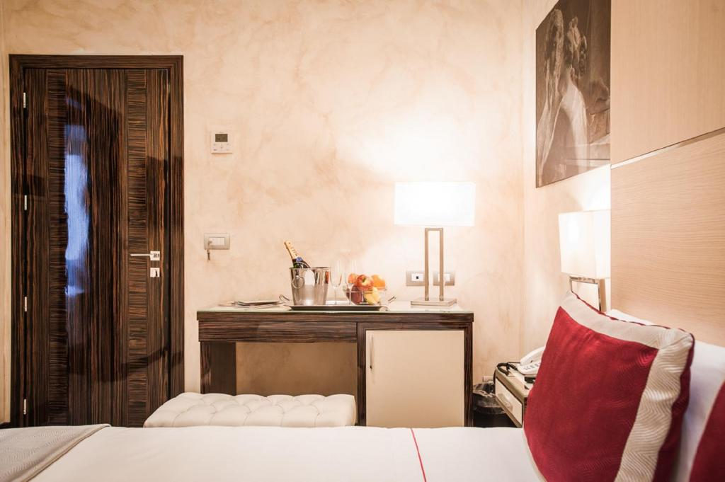 Chambres d 39 h tes maison candia luxury house chambres d for Chambre hote design rome