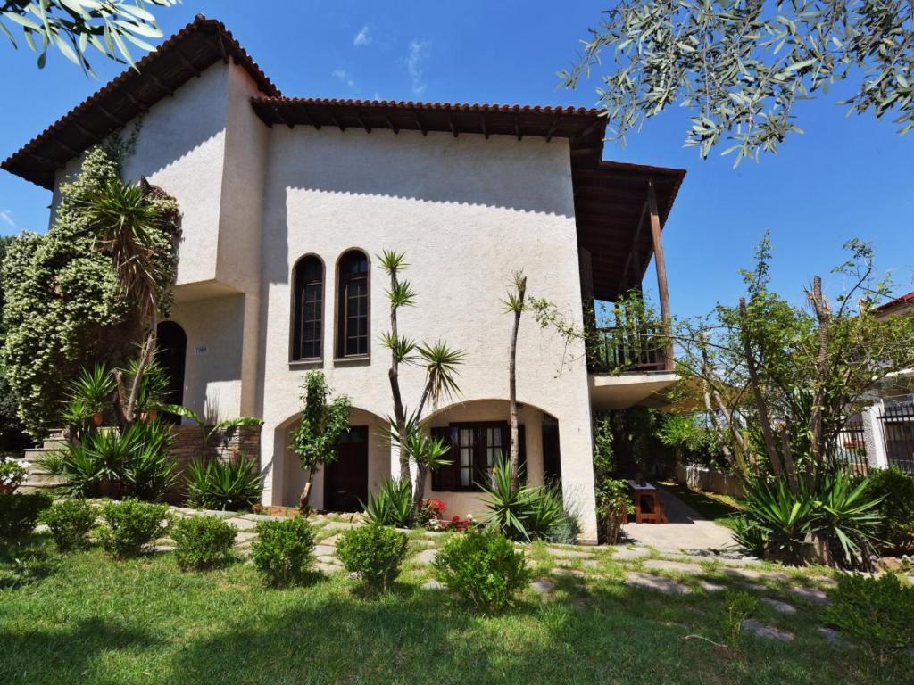 Casa de campo Ares Garden House (Grecia Nea Moudania ...