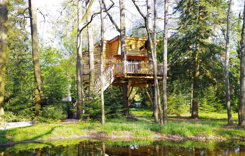 La Cabane de Rémi aux portes de Vic (Francia Bellerive-sur ...