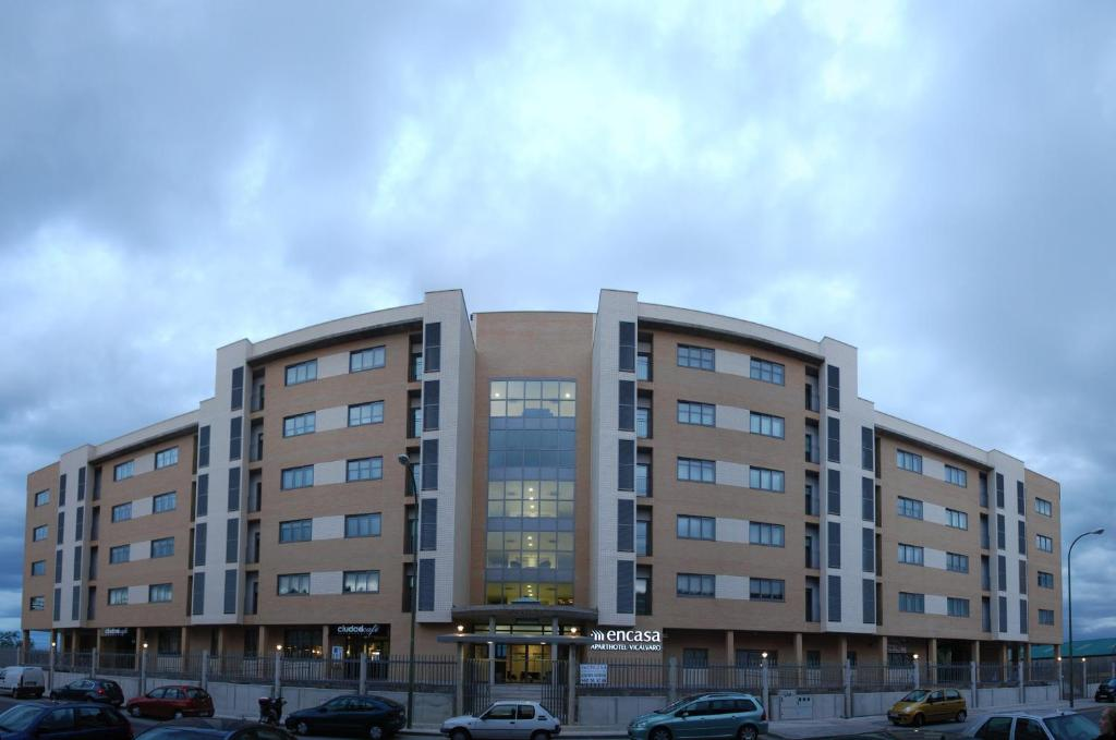 Aparthotel Encasa Madrid Reserva Tu Hotel Con Viamichelin