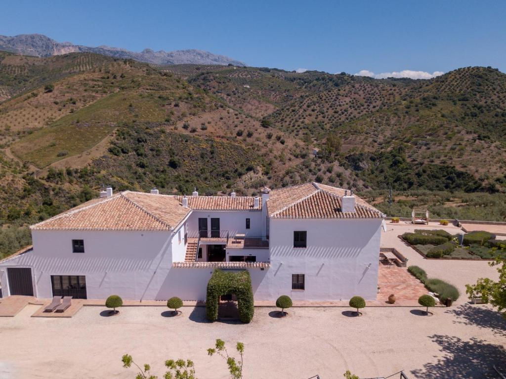Casa de campo Cortijo Piltraque (España Colmenar) - Booking.com