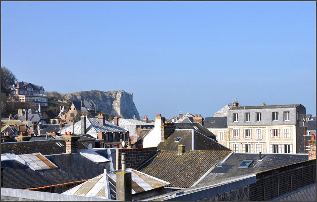Detective hotel goderville book your hotel with for Hotels etretat