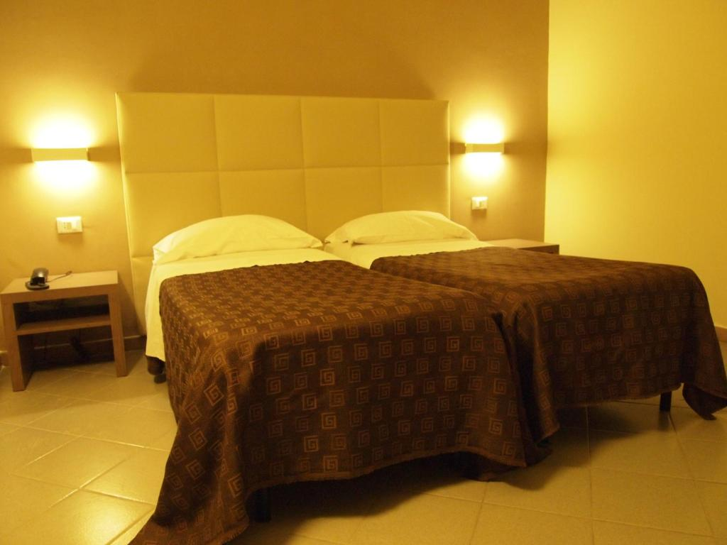Hotel moderno trapani online booking viamichelin for Hotel moderno madrid booking