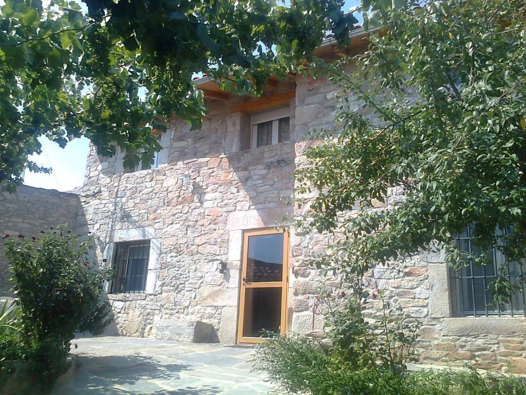 Casa de vacaciones el ciruelo rojo (España Villaseco ...