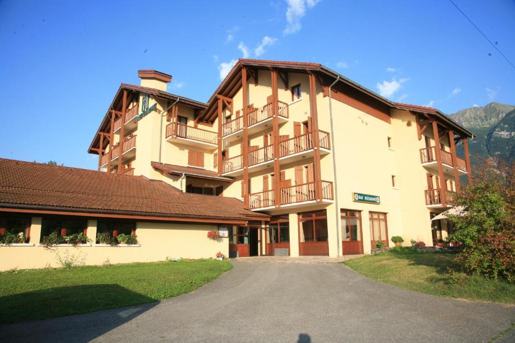 Hotel Sainte Helene Sur Isere