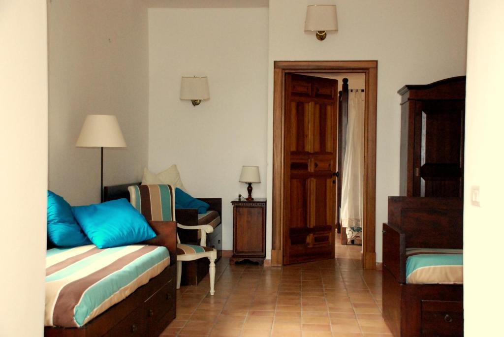 Villa della porta dimora storica vico equense book - Hotel della porta ...