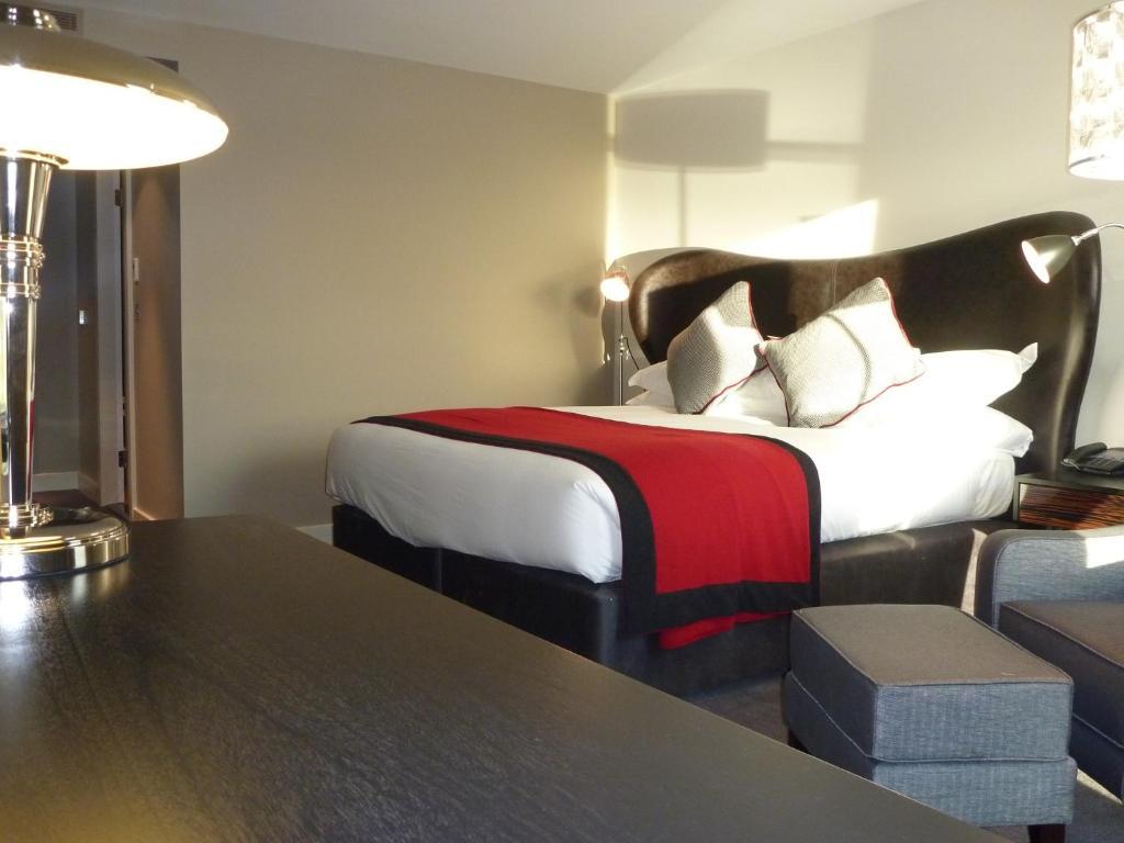 Brooklands hotel spa addlestone viamichelin informatie en online reserveren - Deco slaapkamer volwassene ...