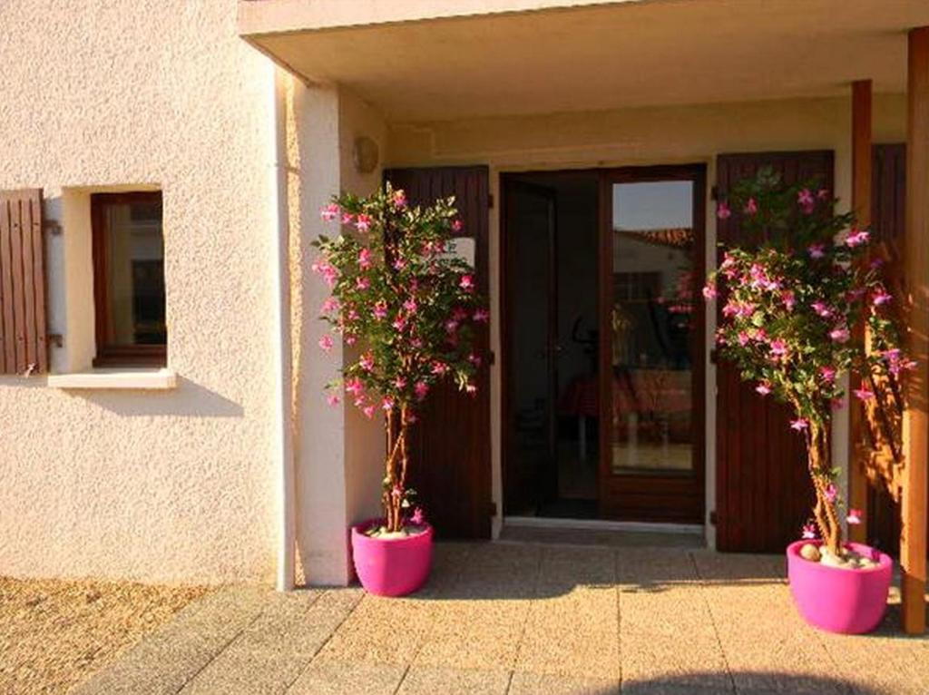 Residence helios pons online booking viamichelin for Hotels jonzac
