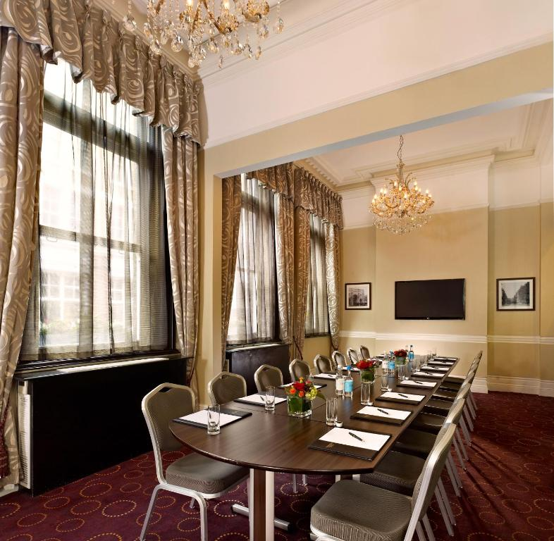 chiswell street dining rooms - city of london : a michelin guide