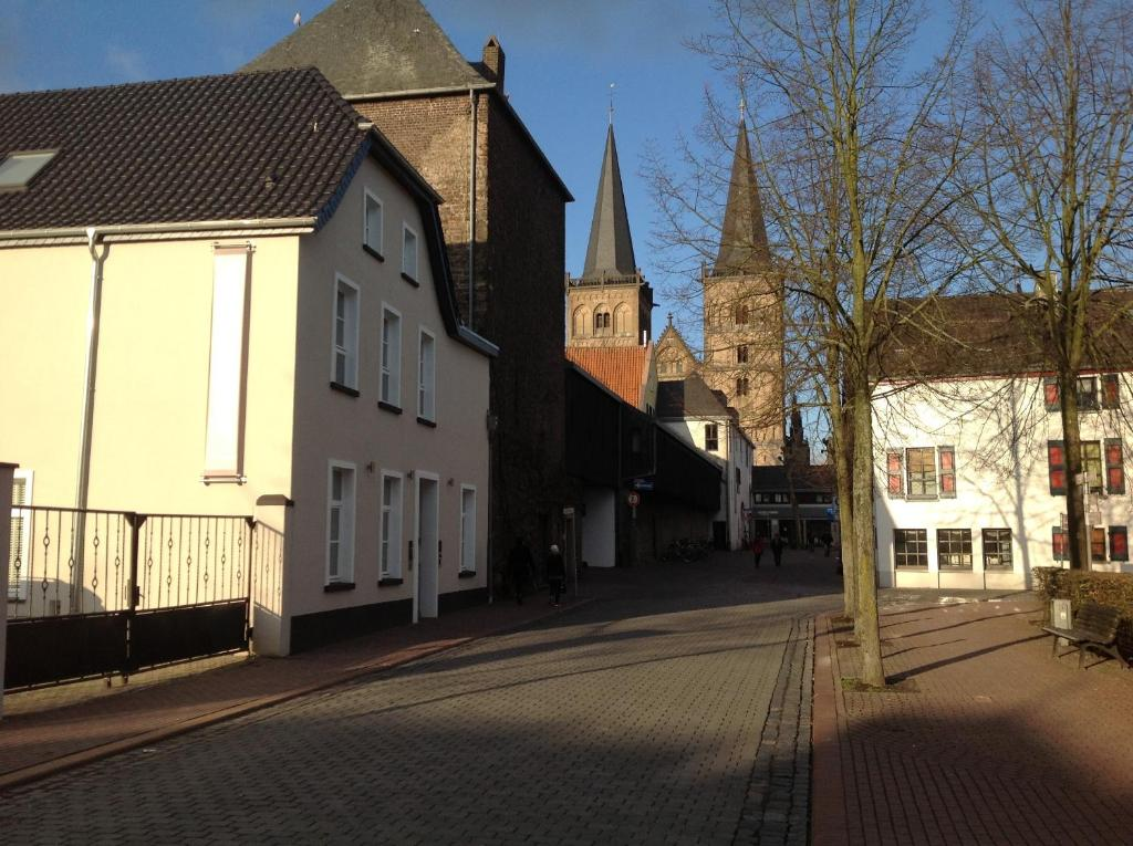 Bed and breakfast am meerturm xanten informationen und for Hotels xanten