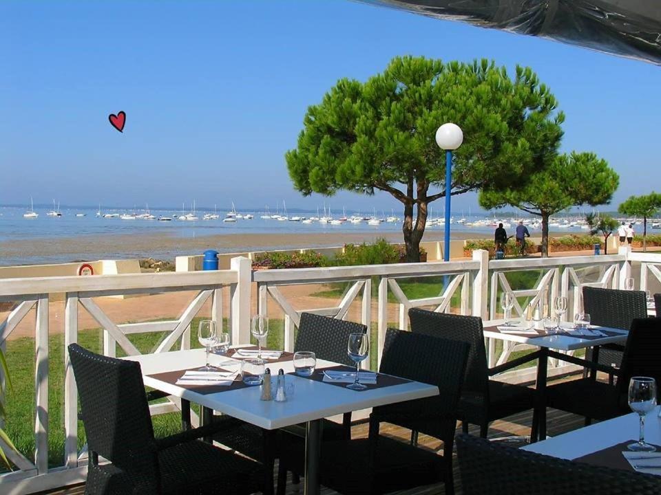 Hotel Restaurant  Ef Bf Bd Andernos Booking Com