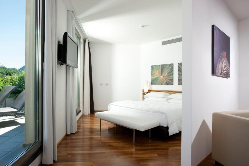 Sea art hotel vado ligure prenotazione on line for Design hotel liguria