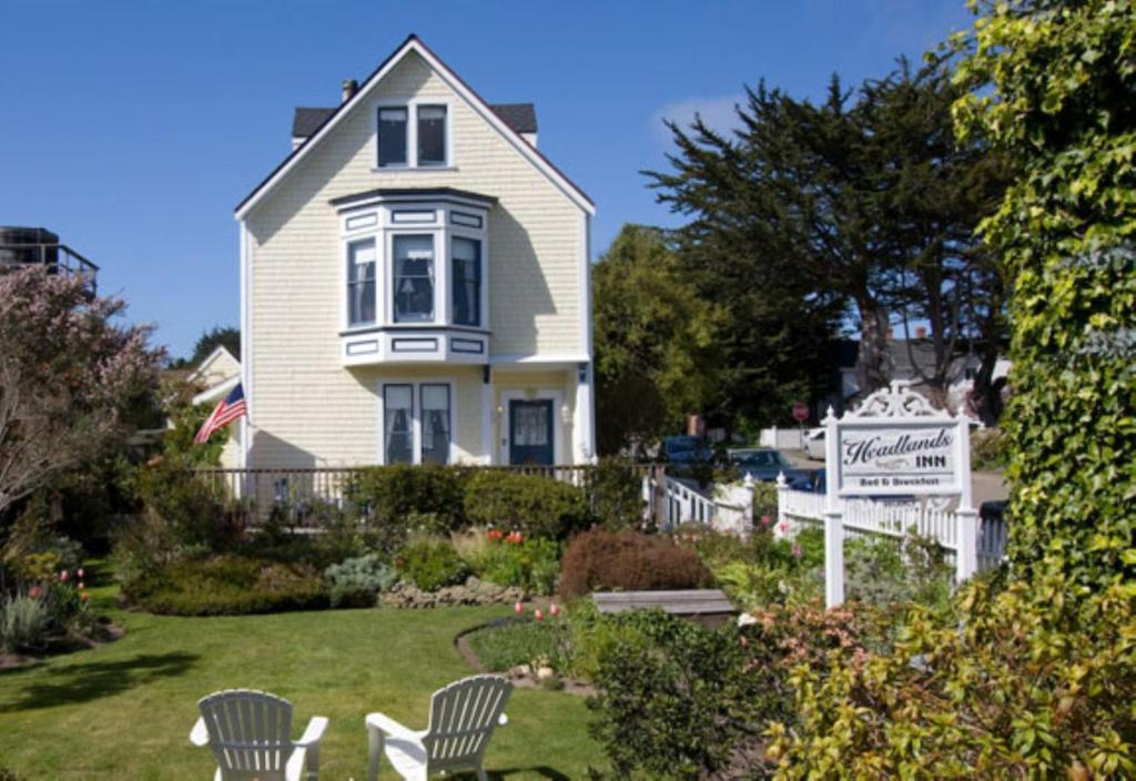 Search Bed And Breakfast Sites New England