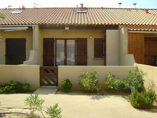 Appartements la grande bleue residence locations de - Residence la grande bleue port leucate ...