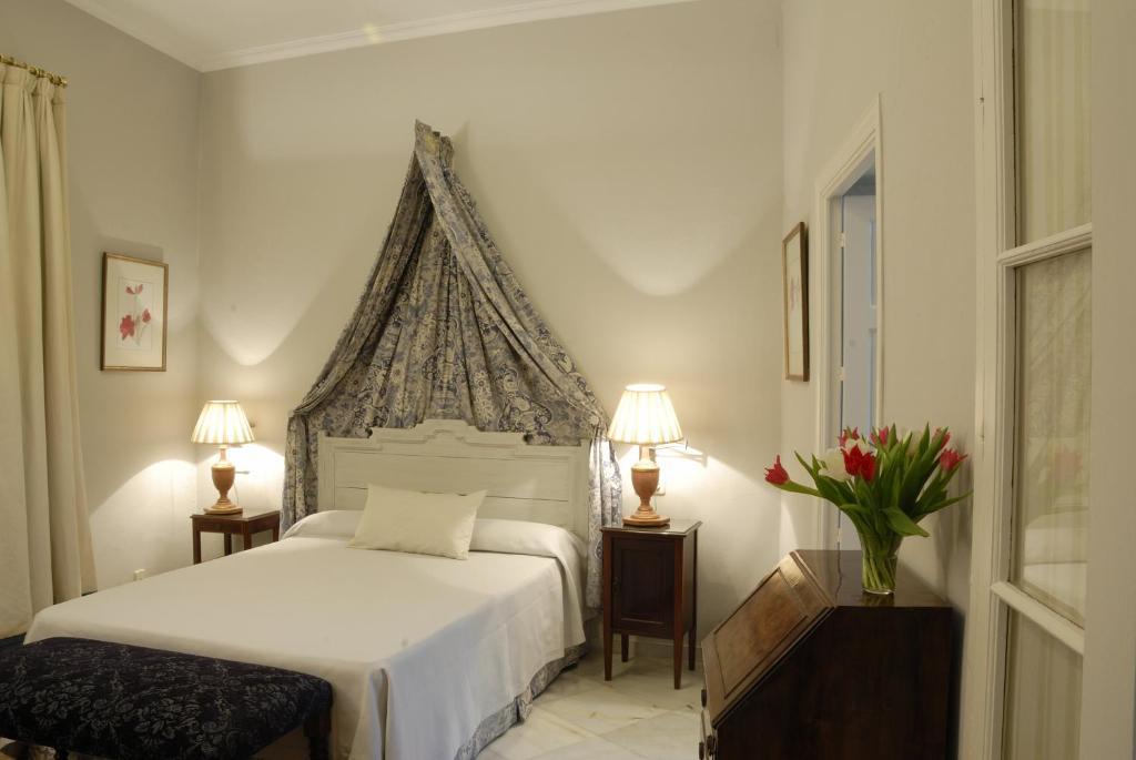 Casa n mero 7 seville book your hotel with viamichelin for Hotel numero