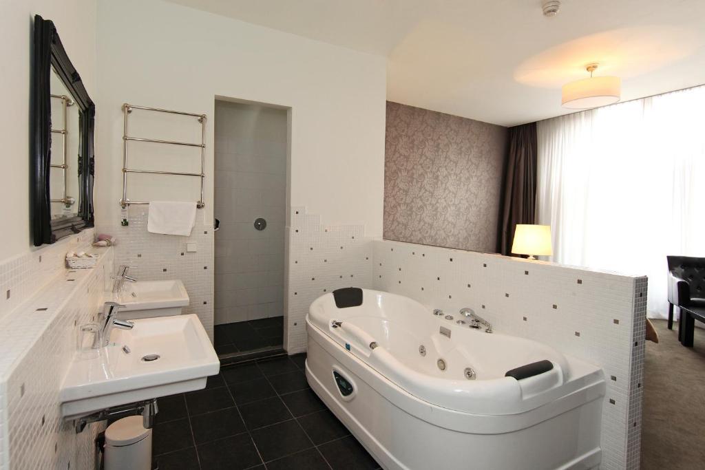 grand hotel alkmaar alkmaar informationen und. Black Bedroom Furniture Sets. Home Design Ideas