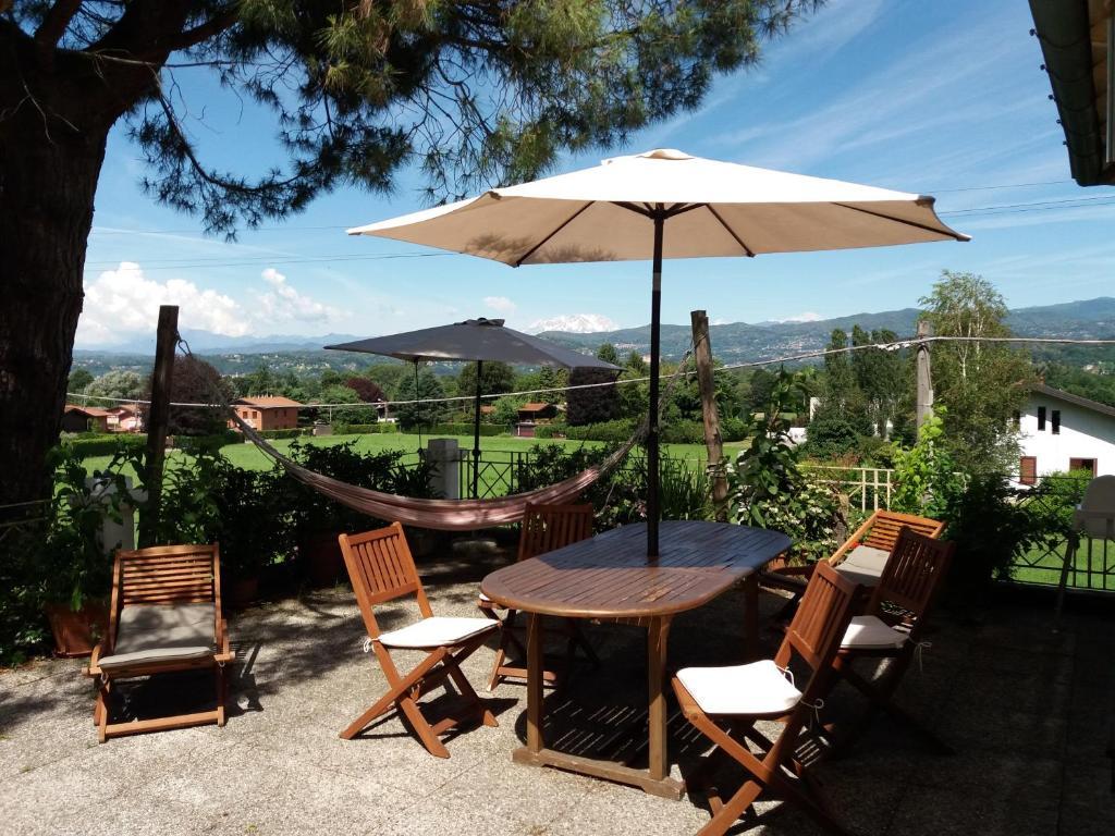 Bed And Breakfast Bb Lago Nel Pagliaio Taino Italy Booking Com