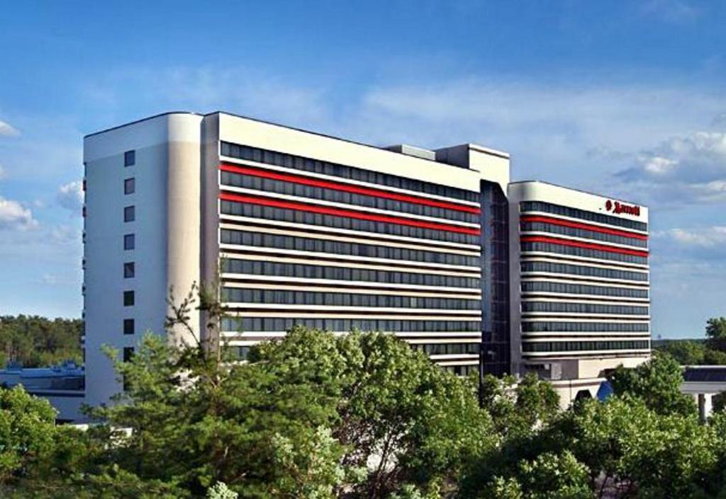 Hotels At Bwi Airport With Shuttle Service