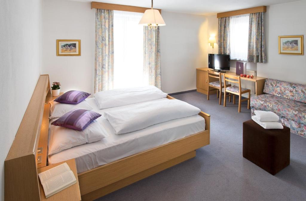 hotel regglbergerhof leifers viamichelin. Black Bedroom Furniture Sets. Home Design Ideas