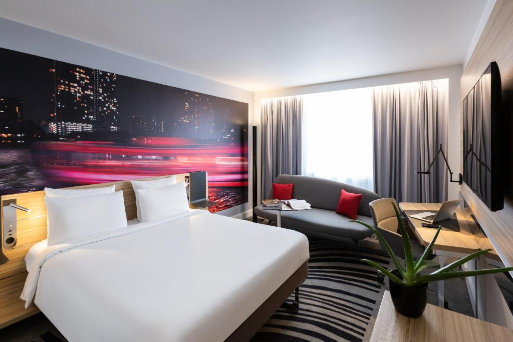 Quarto do Novotel Bordeaux