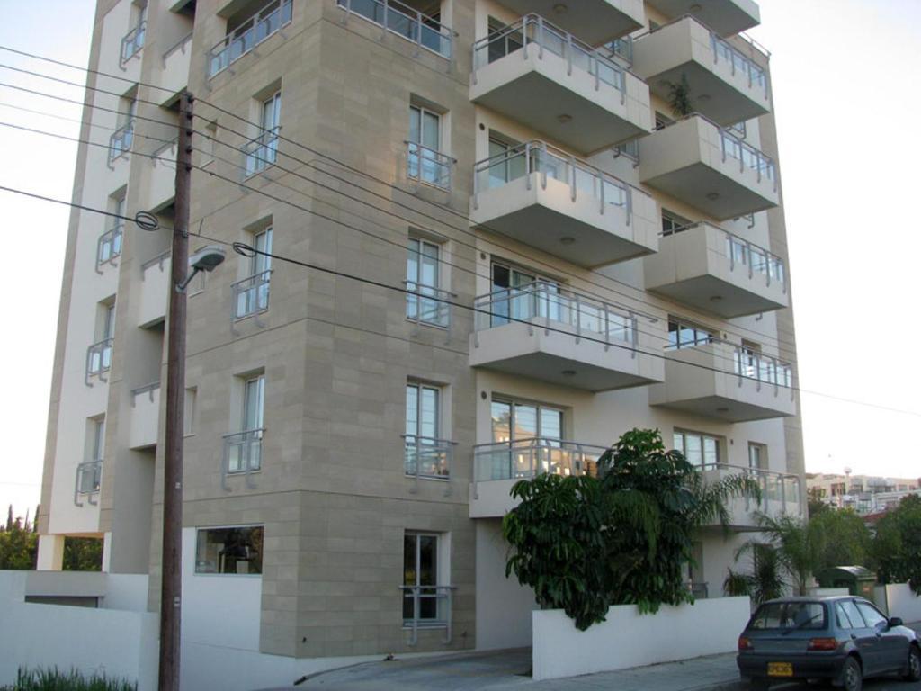 Nicosia suites nicosia online booking viamichelin for Balcony nicosia
