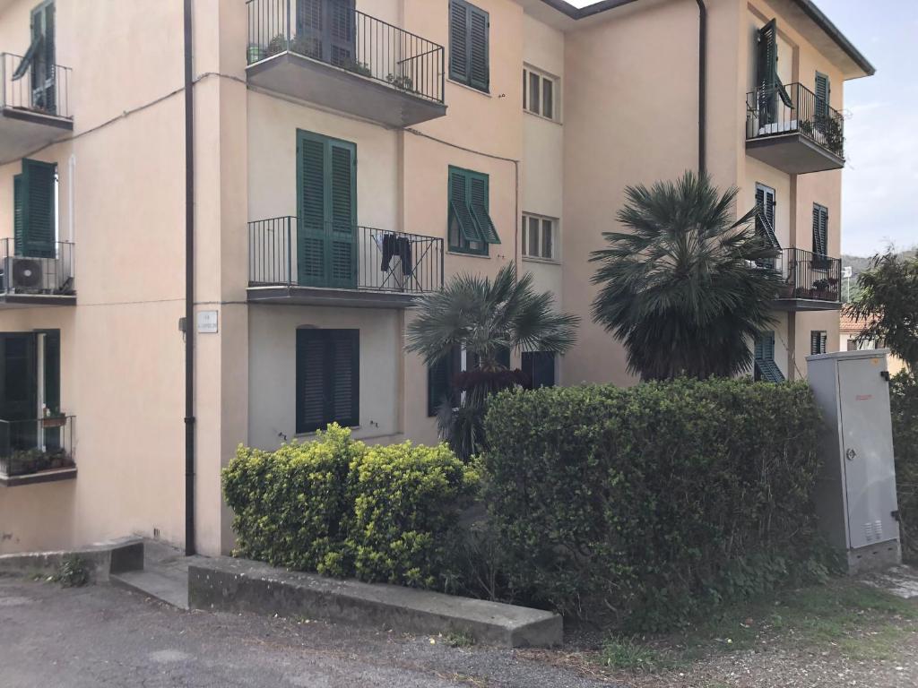 La Credenza Di Picasso Gabbro : Appartamento gabbro rosignano marittimo italia booking.com