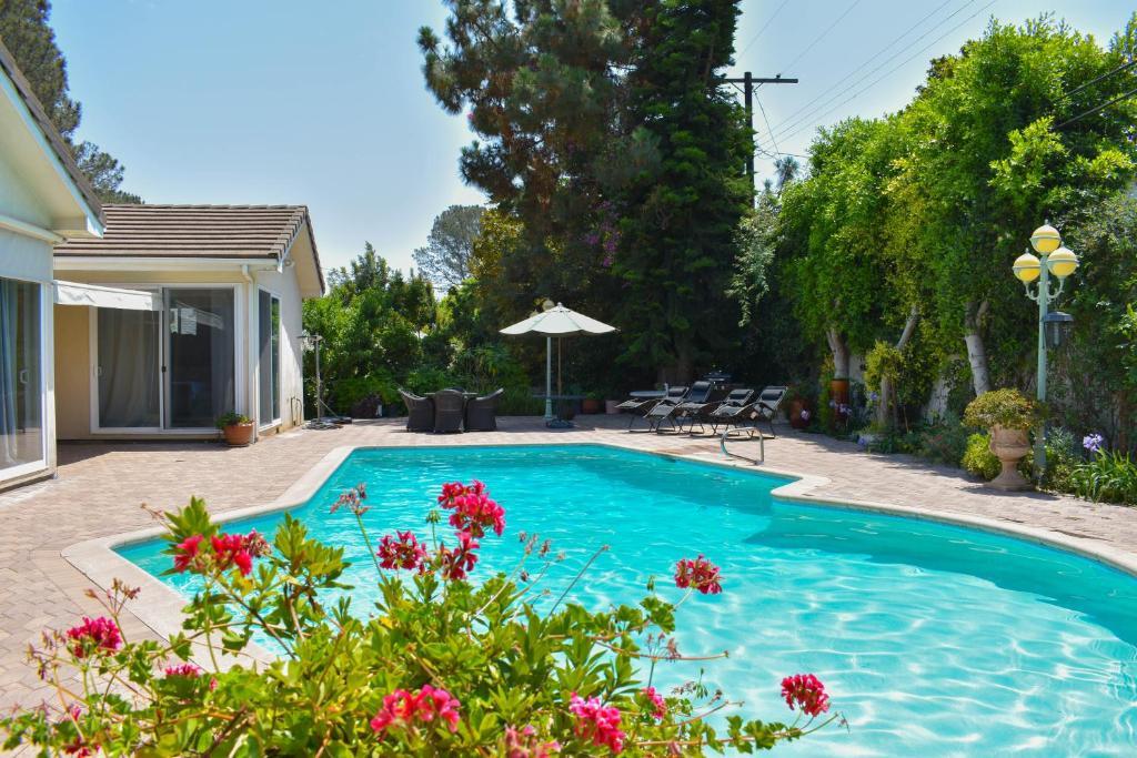 Kenter Holiday Home (EUA Los Angeles) - Booking.com