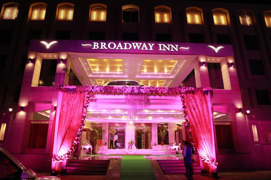 Pink broadway