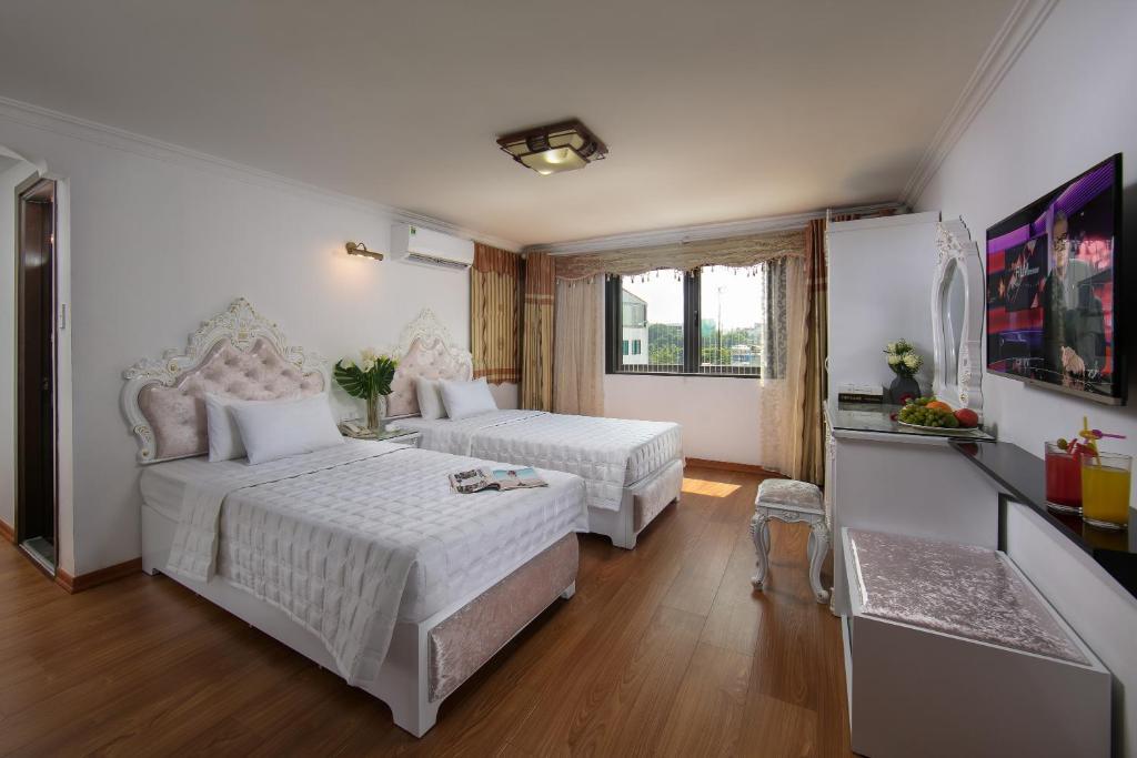 Phòng Oriental 2 Giường Đơn Nhìn Ra Thành Phố Hoặc Hồ