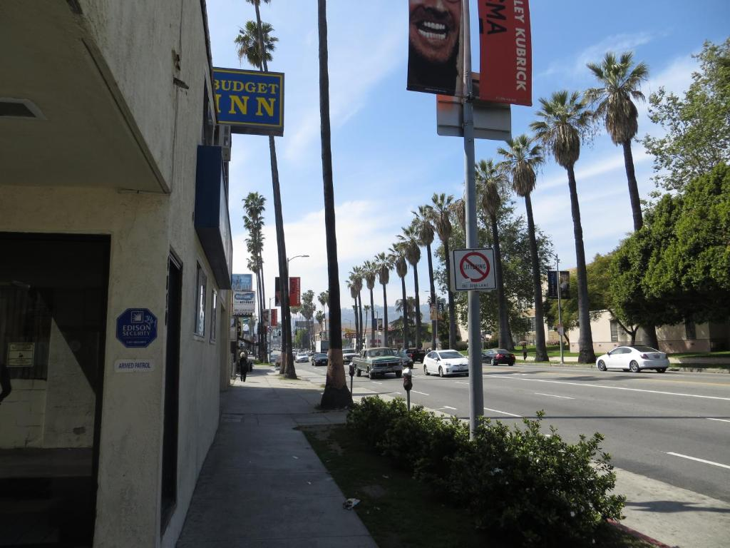 Budget inn hollywood los angeles book your hotel with for Hotels 90028