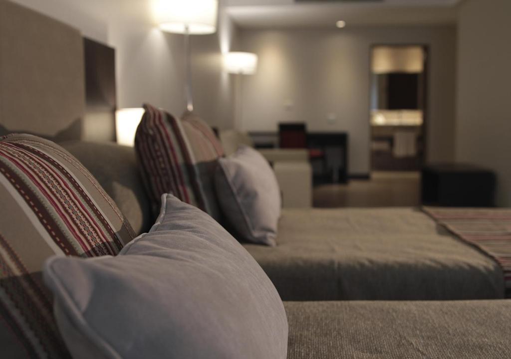 Uma área de estar em Hotel UOM Buenos Aires